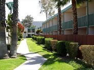 Anaheim Plaza Hotel and Suites