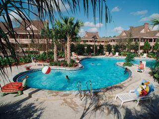 Aligator Bayou pool