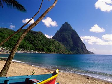 Getting around St Lucia and where to stay