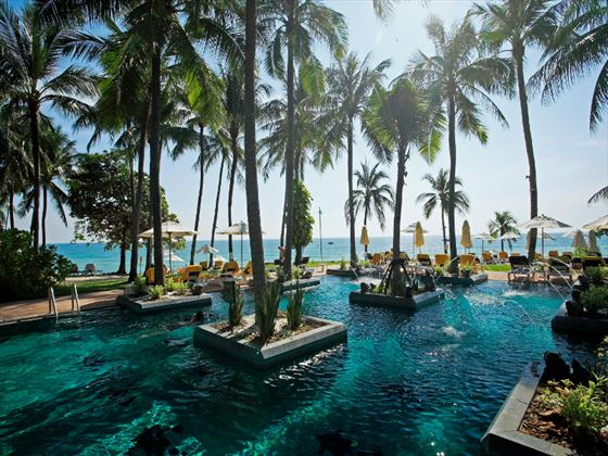 Centara Grand Beach Resort Samui swimming pool