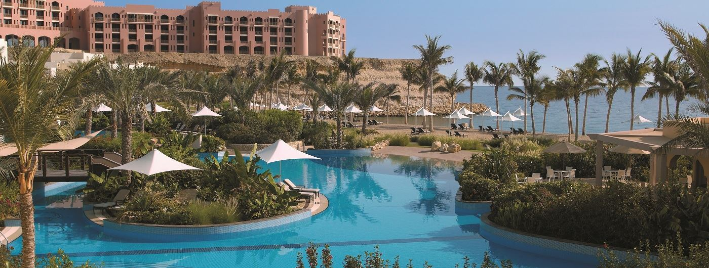 Shangri-La Barr Al Jissah Resort & Spa Al Bandar swimming pool