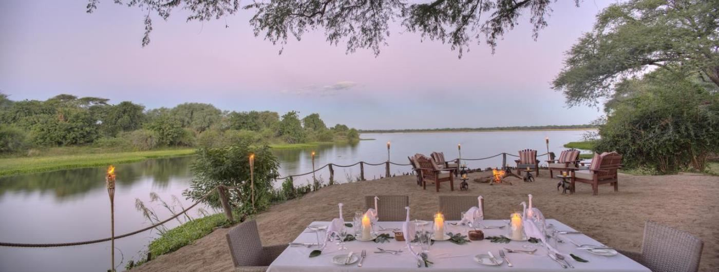 Chongwe River Camp al fresco dining