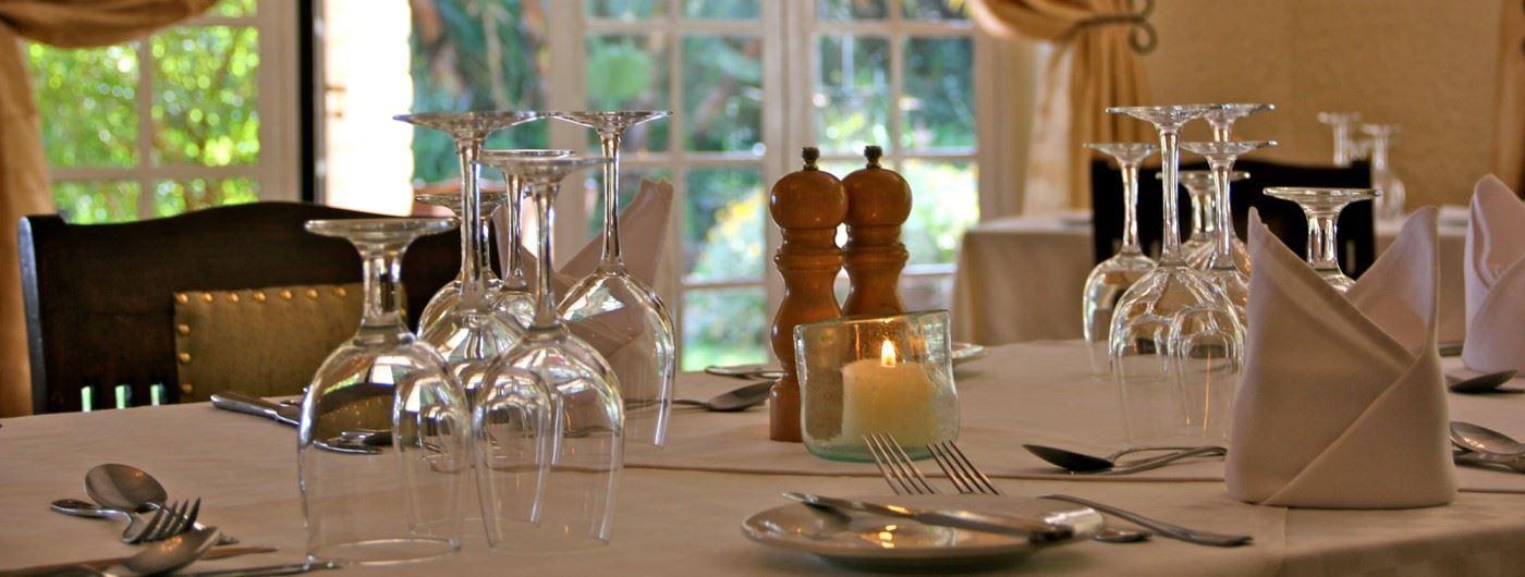 Kiangazi House dining table