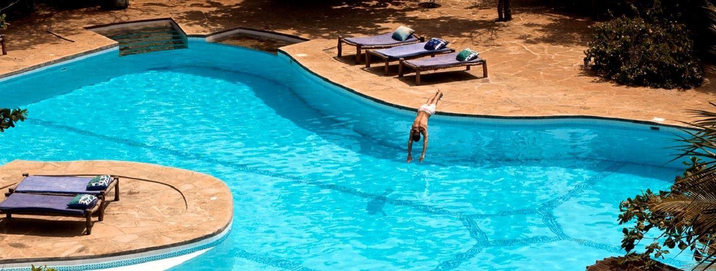 Kinondo Kwetu swimming pool