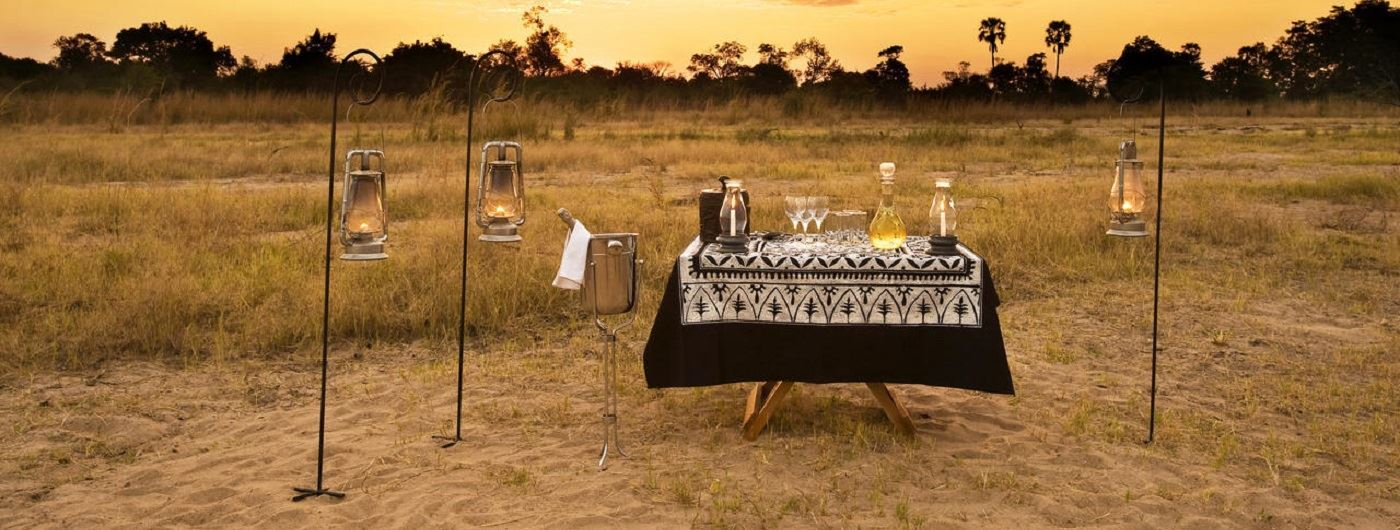 Kuyenda Bush Camp sundowners