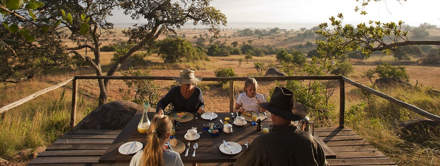 Lamai Serengeti dining on the terrace