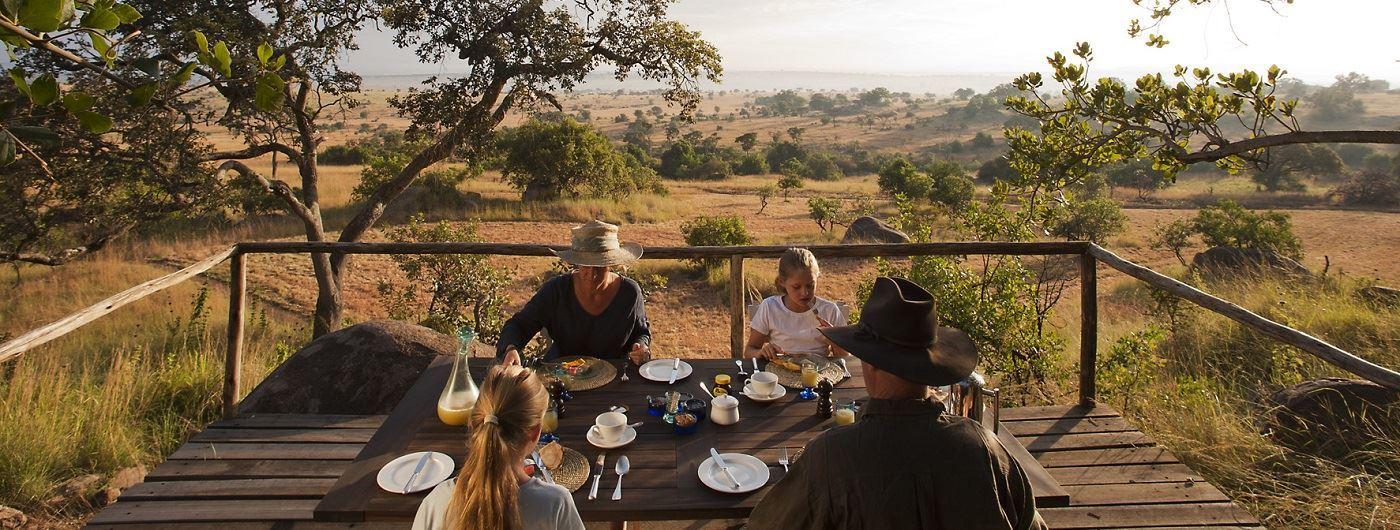Lamai Serengeti dining on the terrace