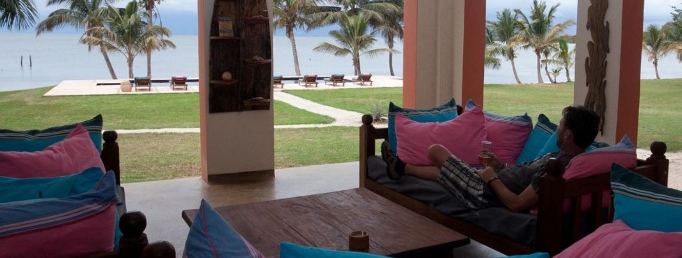 Pineapple Bay Resort main lounge