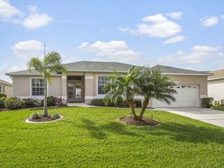 Example of a Fort Myers Area Home - Villa Exterior