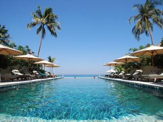 Infinity Pool at Puri Mas, Lombok