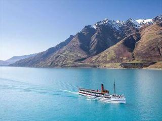 Cruising Lake Wakatipu aboard TSS Earnshaw