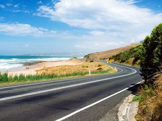 A section of the Great Ocean Road near Apollo Bay