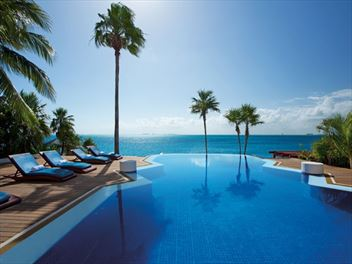 Top 10 luxury hotels in Cancun