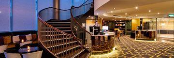Bolton Hotel, Lobby