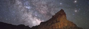 Starry night sky over Capitol Reef National Park