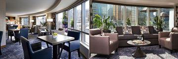 Fairmont Waterfront, Gold Lounge