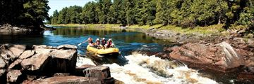 Rafting in Foresters Falls Rapids, Ontario