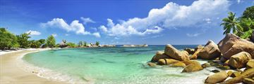 Seychelles tropical beach panorama