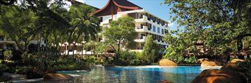 Shangri-La's Rasa Sayang Resort, Grounds Wing pool