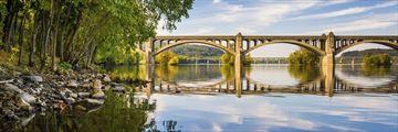 Veterans memorial bridge along Squehanna River, Pennsylvania