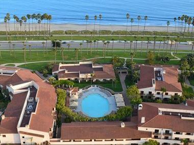 Pool, Hilton Santa Barbara