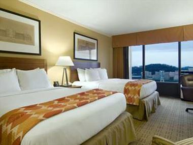 Hilton Knoxville Room