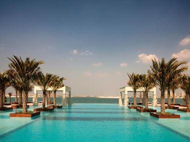 Jumeirah Zabeel Saray Infinity Pool