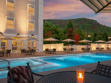 Outdoor pool, North Conway Grand