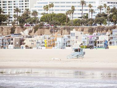 Los Angeles beach holidays