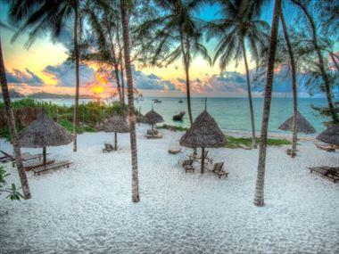 Sunrise over the Turtle Bay beach