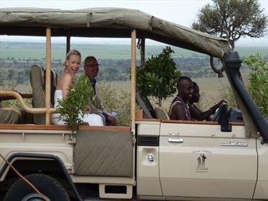 Weddings on safari