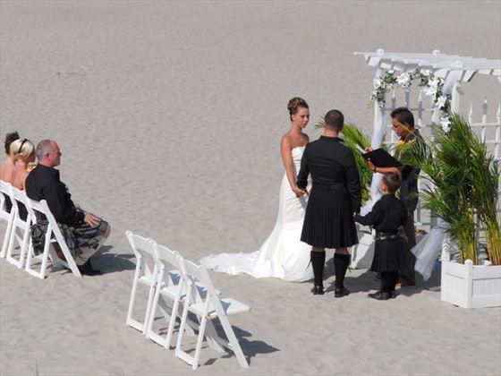 Hilton Cocoa Beach, wedding ceremony