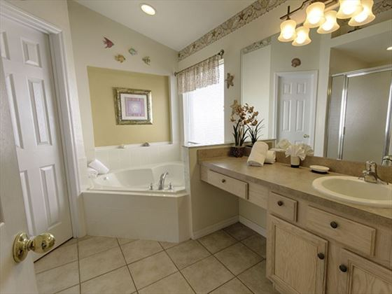 145 Emerald Island Bathroom