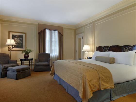 Fairmont gold guestroom