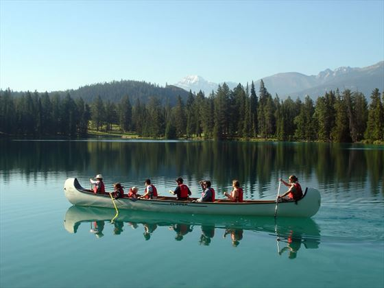 Clipper canoe tour