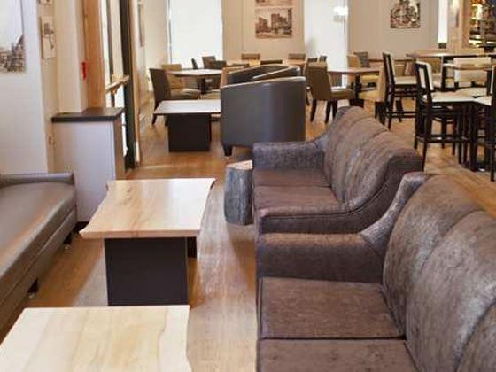 Nix's Mate Lounge and Bar