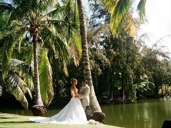 Bride and groom, Kauai