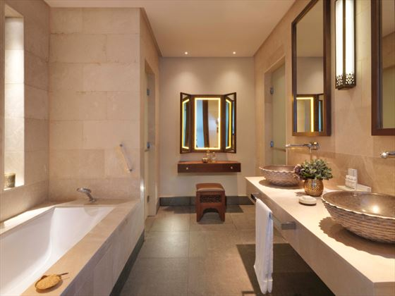 Anantara Al Jabal Al Akhdar Resort Premier Canyon View Room Bathroom