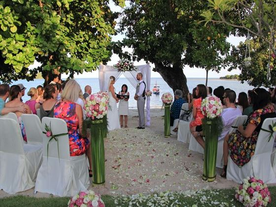 Beach wedding with family & friends at the Amari Koh Samui