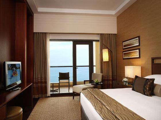 Amwaj Rotana Classic Sea View Room