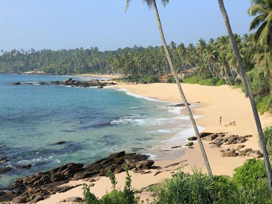 Anantara Tangalle Peace Haven beach