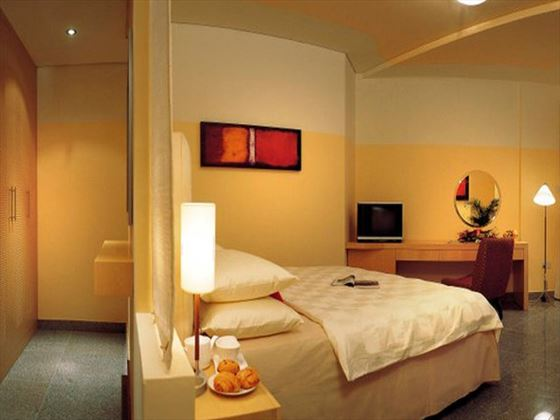 Arabian Park Hotel bedroom