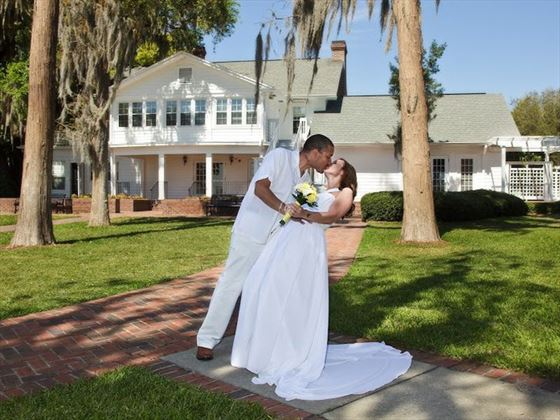 Cypress Grove, bride and groom