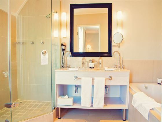Le Franschoek Hotel bathroom