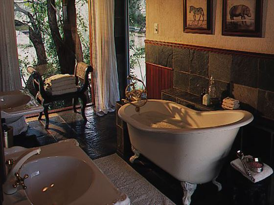 Bathroom at Ngala Lodge