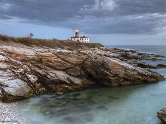 Beavertail Lighthouse at sunset
