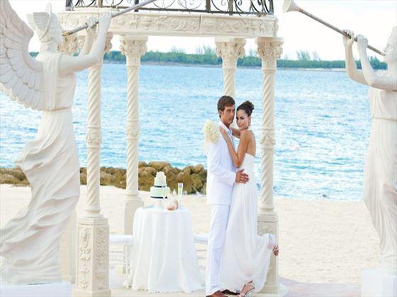 53d9a346270 Free Weddings - Plan A Wedding with Tropical Sky