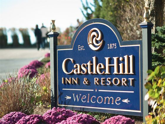 Castle Hill Inn Welcome Sign