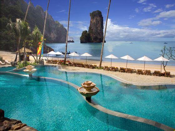 Centara Grand Beach Resort outdoor swimming pool