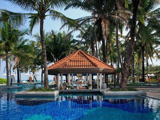 Dip & sip at Centara Grand Beach Resort Samui, Koh Samui